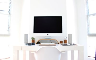 Work From Home Pros and Cons: The Truth Behind A Remote Job